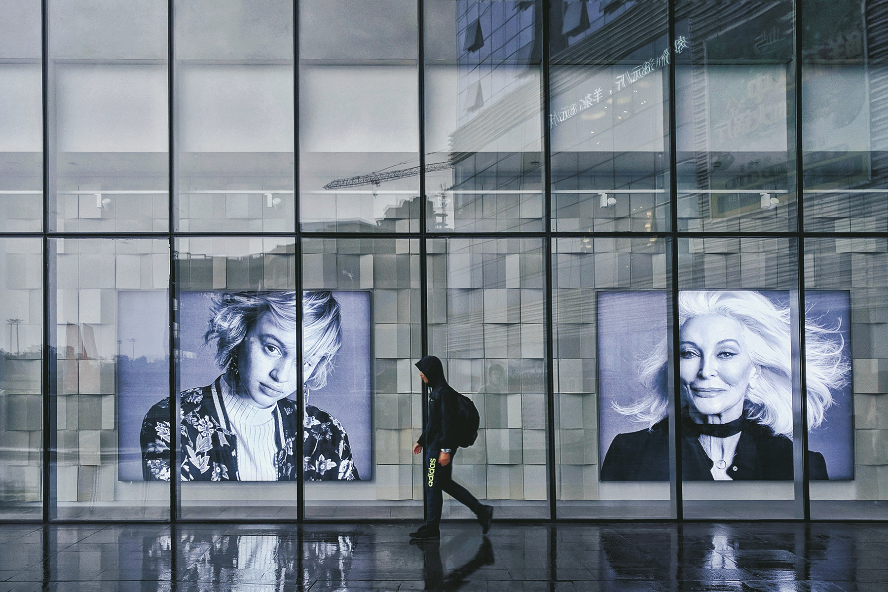 window film retail advertising example